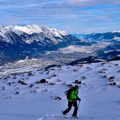 Blick hinab nach Innsbruck. Die Fernsicht war erstklassig!
