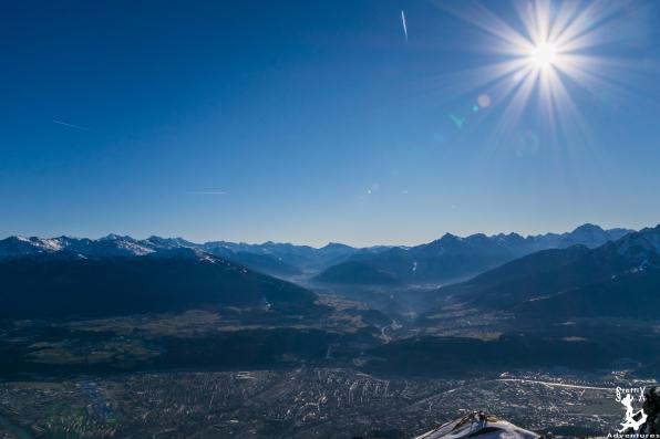 Blick nach Innsbruck mit Brenner im Hintergrund