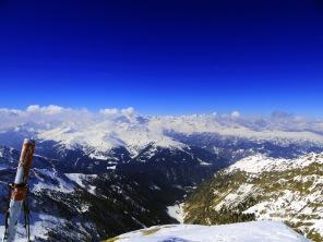 Am Gipfel Blickrichtung Stubaier Alpen