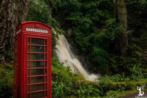 Wer wollte nicht immer schon einmal neben einem Fluss telefonieren und nicht nass werden? :D