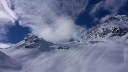 Schöne mäßig steile Skihänge.