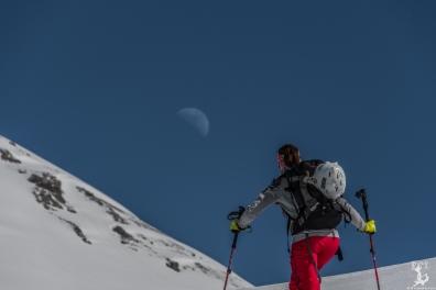 Mondaufgang beim Aufstieg