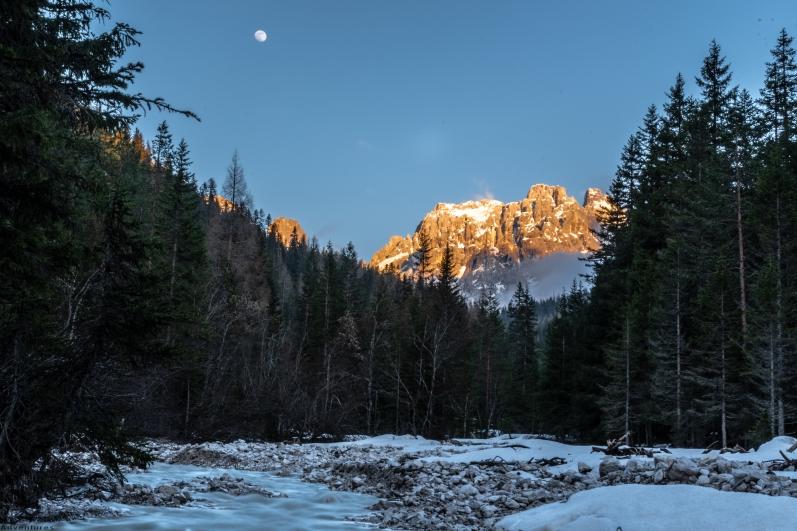 Sonnenunter - vs. Mondaufgang