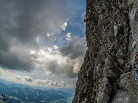 Teilweise luftige Kletterei