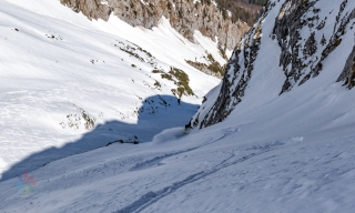 Einfahrt in den steilen Nordhang ©secondunitmedia